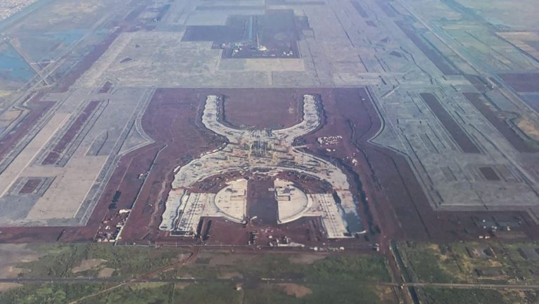Colapso aeropuerto economía