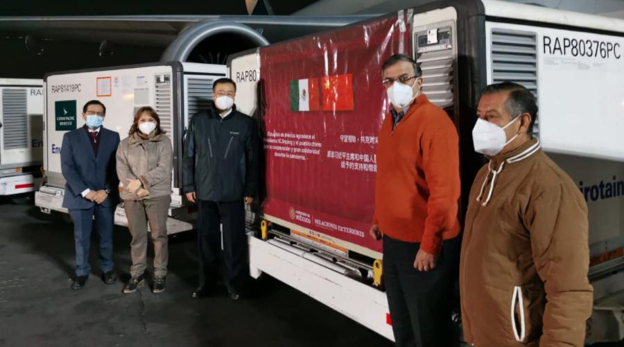 800 mil vacunas chinas Sinovac llegaron a México