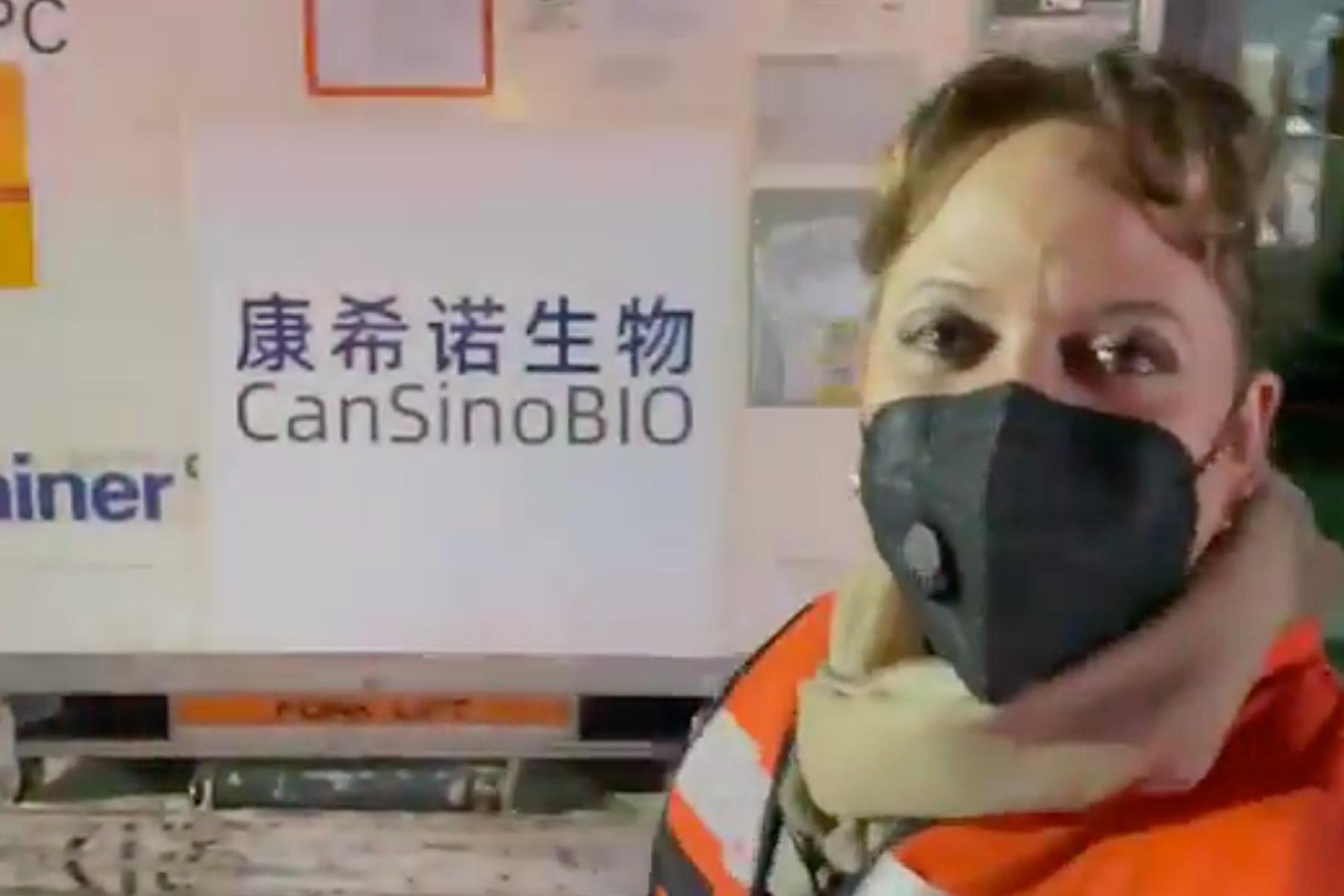 Llegaron 2 millones de vacunas chinas CanSino a México