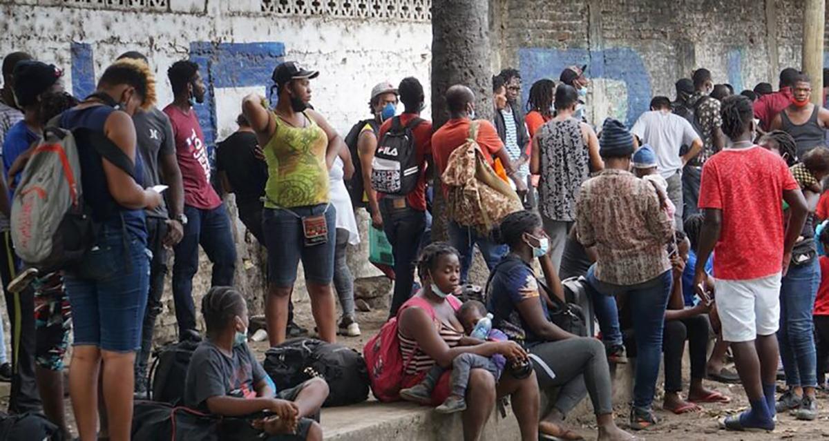migrantes varados en Tapachula
